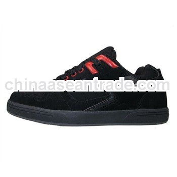 2013 New fashion design skate shoes men